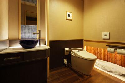 客室のゆったりトイレ
