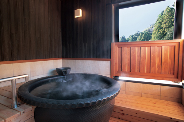 2階にある露天風呂